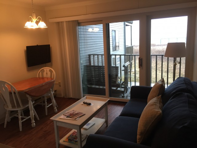 Mini suite full-twin bunk 1